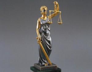 Работа адвоката находится под прицелом правоохранительной системы